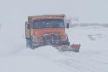 برف راه ارتباطی 15 روستا در بخش سراجوی مراغه را بست