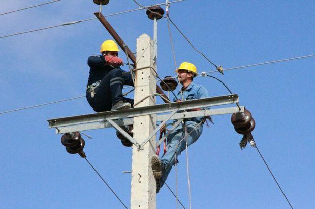 4 طرح برق رسانی در خوی به بهره برداری می رسد