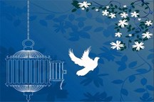 مادر شهید سه زندانی را آزاد کرد