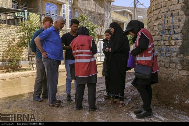 مناطق سیل زده شیراز از خدمات رایگان سلامت برخوردار شدند