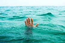 سه زن از غرق شدن در آبهای ساحلی آستارا نجات یافتند