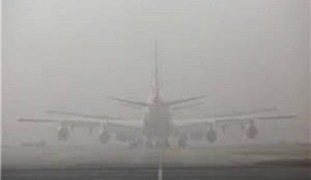 پروازهای فرودگاه مشهد به علت مه گرفتگی متوقف شد