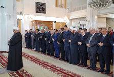 بشار اسد نماز عید قربان را در مسجد«الروضه» دمشق اقامه کرد+تصاویر