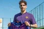 بارسلونا بازیکن جدید به خدمت گرفت