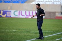 سرمربی: مسوولان تیم فوتبال ۹۰ ارومیه را تنها نگذارند