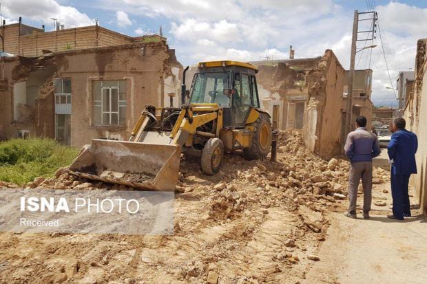 رفع خطر از 40 نقطه آسیبزا در نقاط مختلف شهر کاشمر