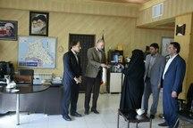 مسئولان در نظام جمهوری اسلامی به مسئولیت به عنوان  تحفه معنوی نگاه می کنند
