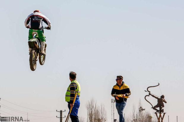 برترینهای مسابقات موتور کراس اصفهان معرفی شدند
