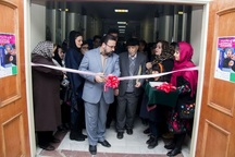 اولین نمایشگاه هنرمندان نقاش و تصویرگر زن در تبریز گشایش یافت