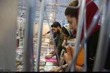 کردستانی ها بیش از 15 میلیارد ریال کتاب از نمایشگاه خریدند