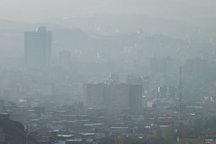 آلودگی هوا برای دومین روز مدارس تبریز را تعطیل کرد