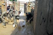 عکس/ ارتش و سپاه دوشادوش هم در خدمت رسانی به مردم