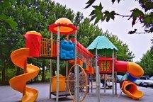 زمین های بازی 12 منطقه تهران استاندارد سازی شد