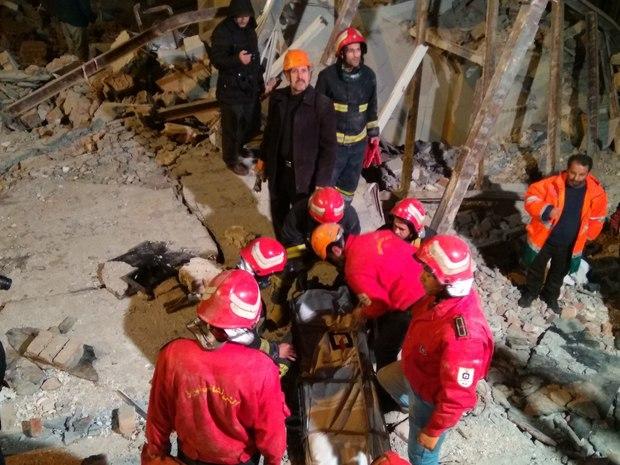 کشف پیکر فرد مدفون شده زیر آوار حادثه انفجار گاز در تبریز