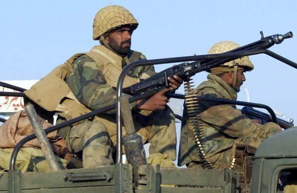 پاکستان حضور قویتری در مرز داشته باشد