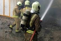 حریق کارگاه تولید مبل در خیابان امام خمینی اطفاء شد