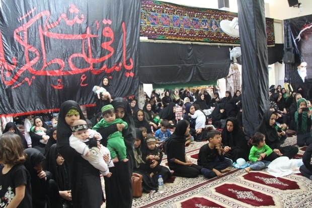 مادران قصرشیرینی در غم علی اصغر (ع) به سوگ نشستند