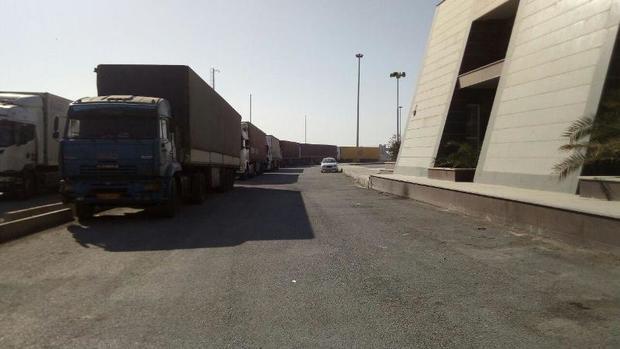 تردد کامیون های صادراتی در مرز چذابه به حالت عادی بازگشت