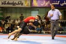 رقابت های گراپلینگ قهرمانی مردان کشور در گلستان ناتمام ماند