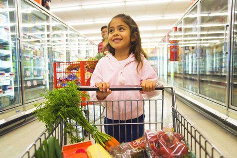 نحوه صحیح برخورد با بهانهگیری کودکان در خرید عید