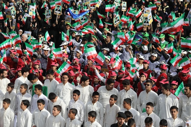 جشن های چهلمین سال پیروزی انقلاب اسلامی در مشهد آغاز شد