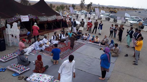 اجرای با نشاط برنامه های فرهنگی ویژه نوروز در خاش