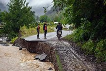 سیل در مازندران به راههای روستایی خسارت زد