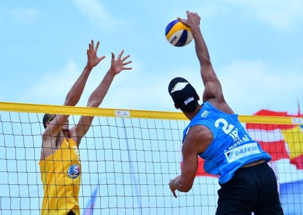 مسابقات منطقه ای والیبال ساحلی در گلستان آغاز شد