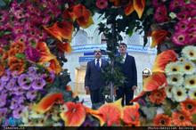ادای احترام سفیر نیکاراگوئه نسبت به امام خمینی(س)