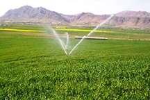 122 هکتار از اراضی هریس به آبیاری بارانی مجهز شد