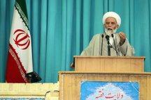 امام جمعه همدان از دولت یازدهم برای راه اندازی راه آهن در این شهر قدردانی کرد