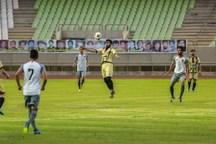 تیم فوتبال شهرداری تبریز قشقایی شیراز را یک بر صفر شکست داد