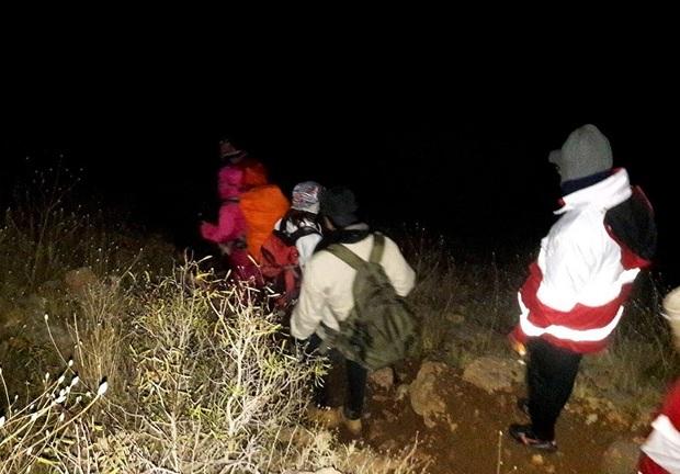 امدادگران 6 نفر را در ارتفاعات پرآو نجات دادند