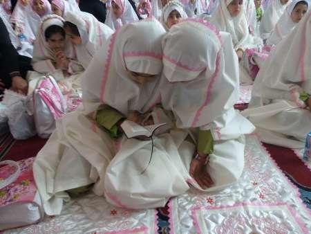 جشن تکلیف هزار دانش آموز دختر مدارس ارومیه برگزار شد