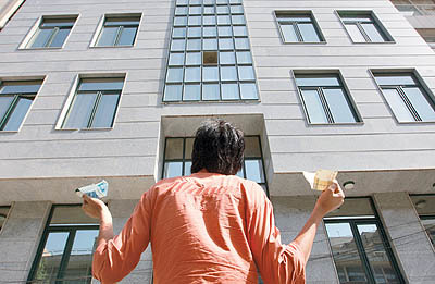 خریداران مسکن در هشتگرد قربانی کلاهبرداری میلیاردی