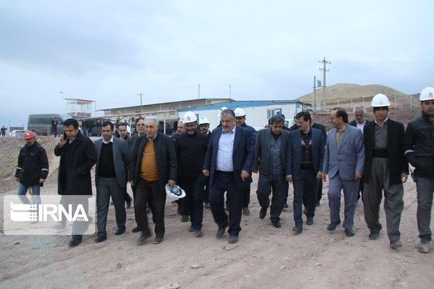 اعضای کمیسیون بهداشت مجلس از بیمارستان در دست ساخت مهاباد بازدید کردند
