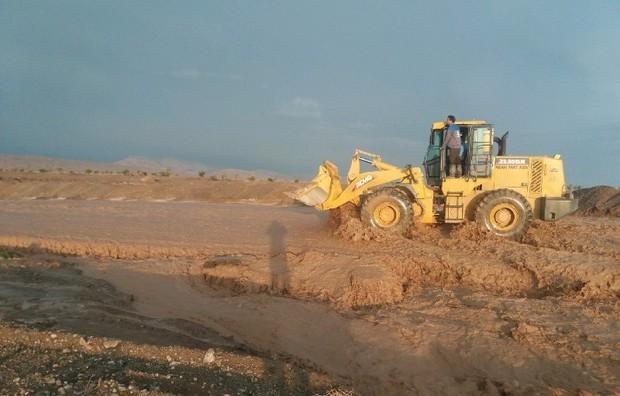 کشاورزان اسفراینی از محاصره سیلاب رهایی یافتند