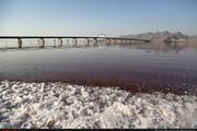 افزایش یک متر و 5 سانتی متری سطح دریاچه با وجود آغاز فصل گرما  دانشگاهیان برای ارائه راهکارهای پیشگیری از تبخیر پای کار بیایند