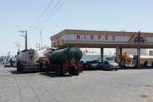 سهمیه صادرات سوخت مرزنشینان آذربایجان غربی 12میلیون لیتر است