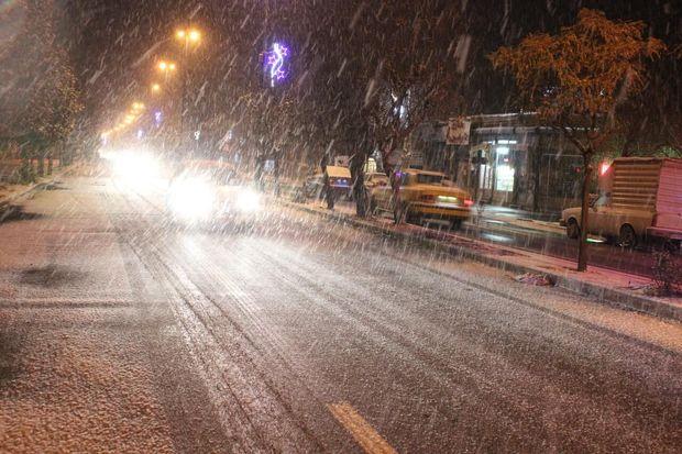 زنجانیها منتظر بارش برف و باران باشند
