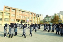 50مدرسه کم برخوردارشهرستان کارون کمک هزینه می گیرند