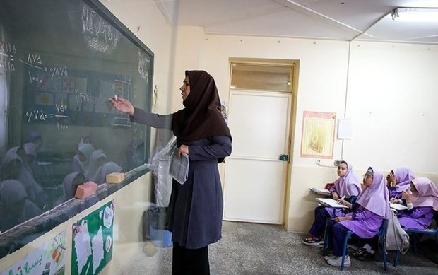 مدارس پلدختر بازگشایی شد