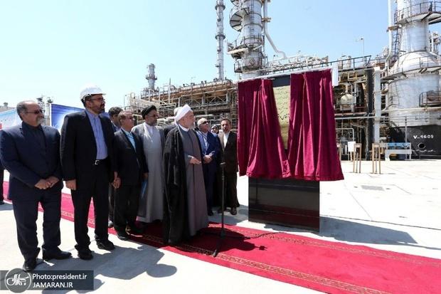 افتتاح طرح های توسعه ای شرکت پالایش نفت تبریز با حضور رئیس جمهور