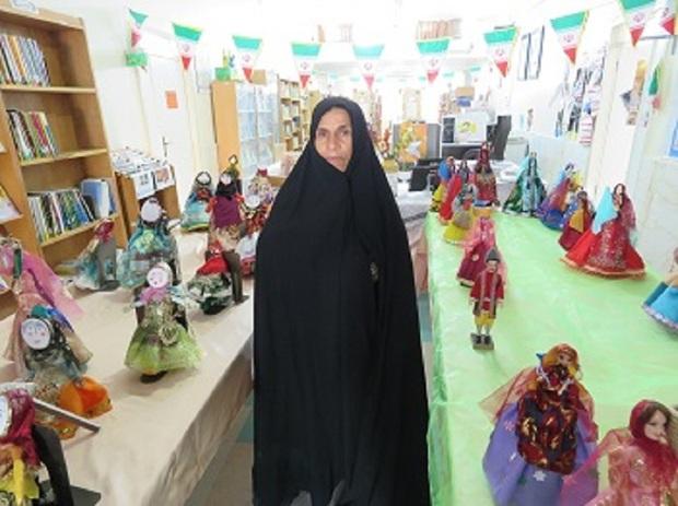 نمایشگاه عروسک های دست ساز در خورموج بوشهر گشایش یافت
