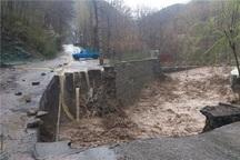 سیلاب به تاسیسات زیربنایی تالش خسارت وارد کرد