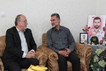 دیدار استاندار گیلان با خانواده شهید مدافع حرم سعید مسافر در رشت