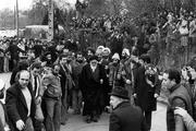 چه کسی عهده دار اداره تشکیلات داخلی نوفل لوشاتو بود؟/آیا دولت فرانسه برای حفاظت از جان امام اقدامی کرد؟