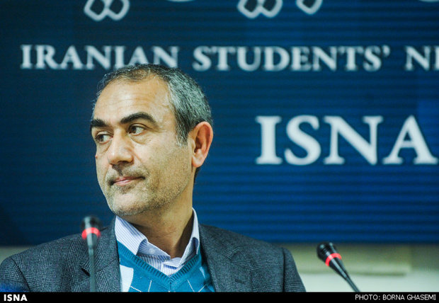 خدابخش: 420 هزار جلد کتاب در کتابخانه مرکزی تبریز وجود دارد