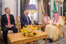 دیدار وزیر خارجه آمریکا با پادشاه عربستان+ تصاویر