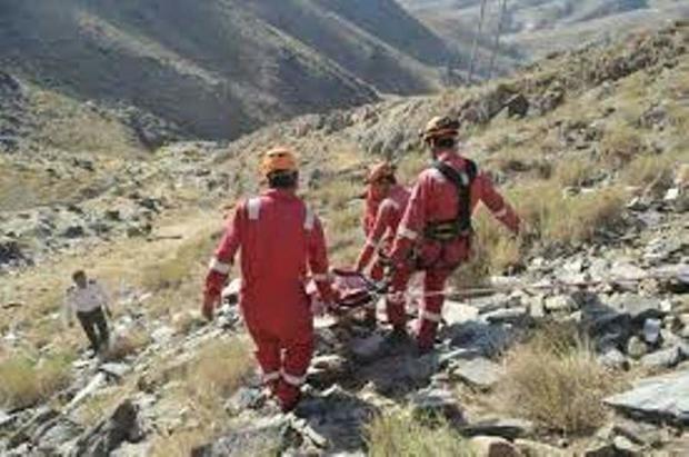 سقوط  یک مرد از کوه در جهرم، موجب مرگ وی شد